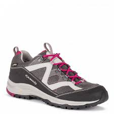 AKU MIA GTX (scarpa trekking bassa impermeabile, comodità ed impermeabilita assicurano un escursione senza imprevisti, la linea a caviglia bassa si adatta per coloro che preferiscono il piede più libero)